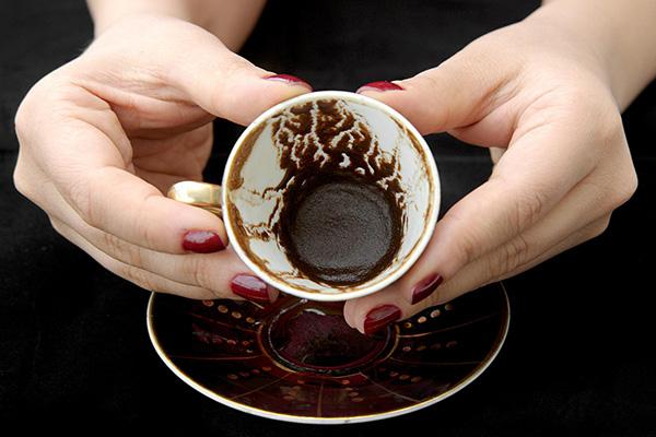 Гадание на кофейной гуще на любовь